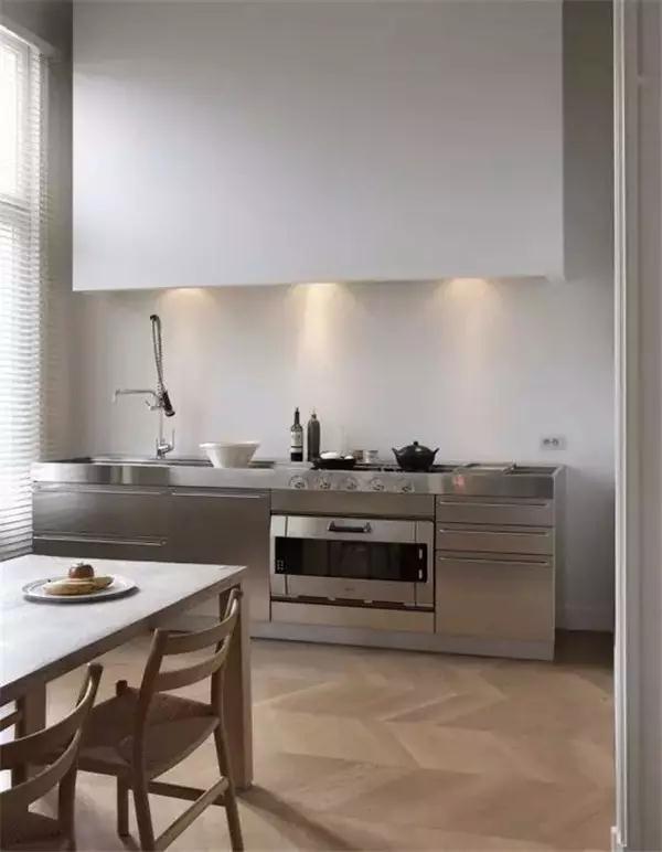 ManBetX登陆|手机版 - 厨房台面材料应该选什么样的?
